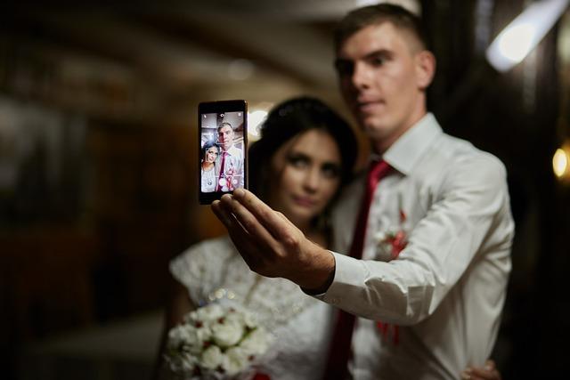 hacerse una foto selfie con la camara trasera